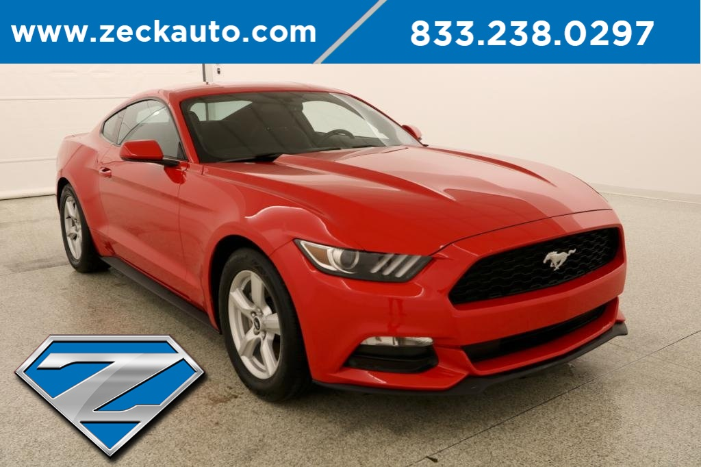 Pre Owned 2017 Ford Mustang V6