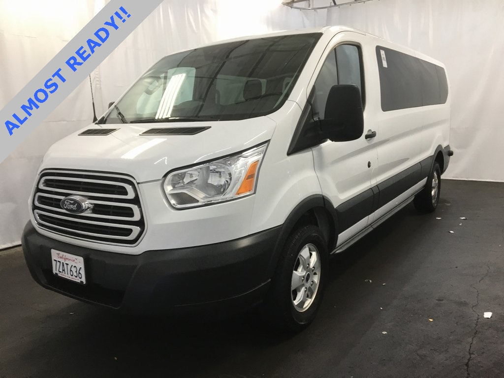Pre owned 2017 ford transit 350 xlt low roof 15 passenger wagon