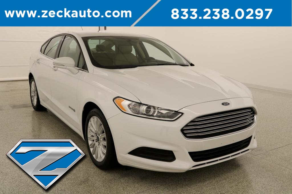 Pre Owned 2016 Ford Fusion Hybrid Se