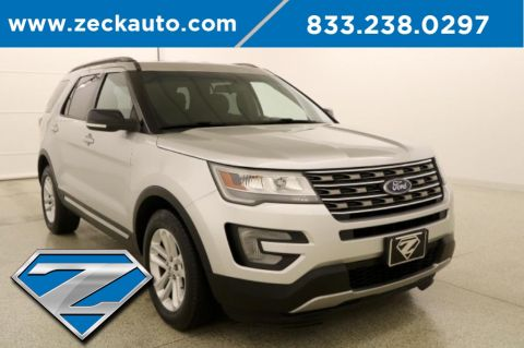 Pre-Owned 2017 Ford Explorer XLT